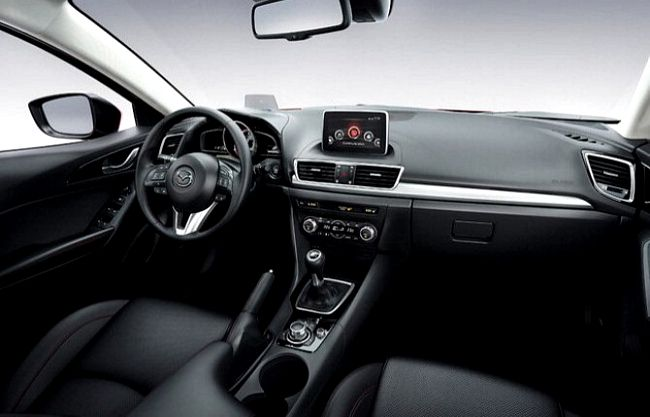 interni Nuova Mazda 3 2014