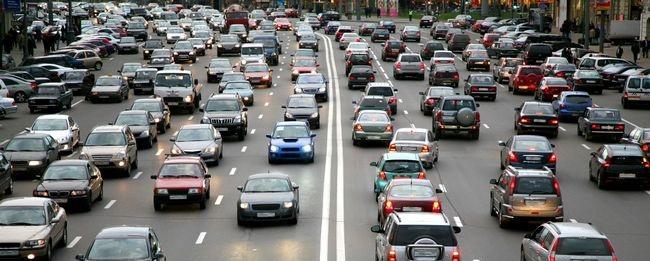 Assicurazione auto, traffico in città