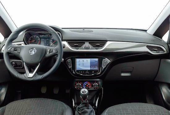 Interni nuova Opel Corsa 2015