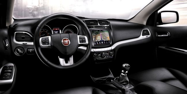 Interni nuovo Fiat Freemont Cross
