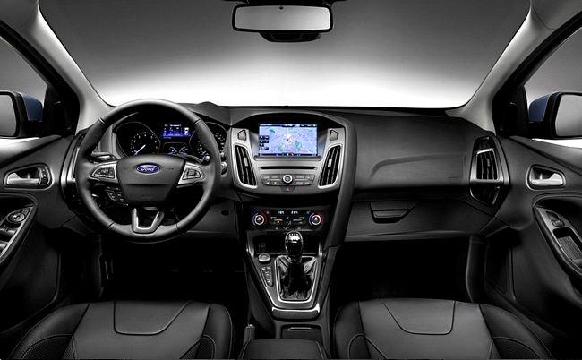 interni nuova Ford Focus