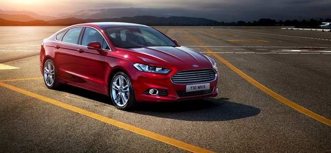 Nuova Ford Mondeo berlina 5 porte 2015