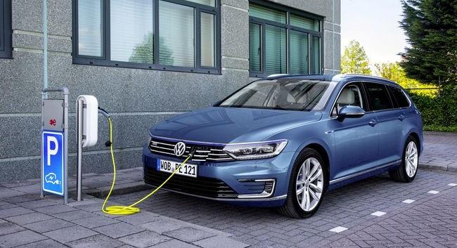 Nuova Volkswagen Passat GTE ibrida plug-in