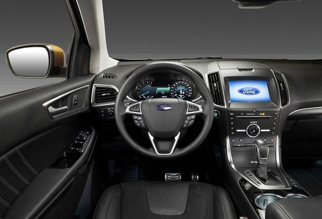 Interni nuovo Ford Edge