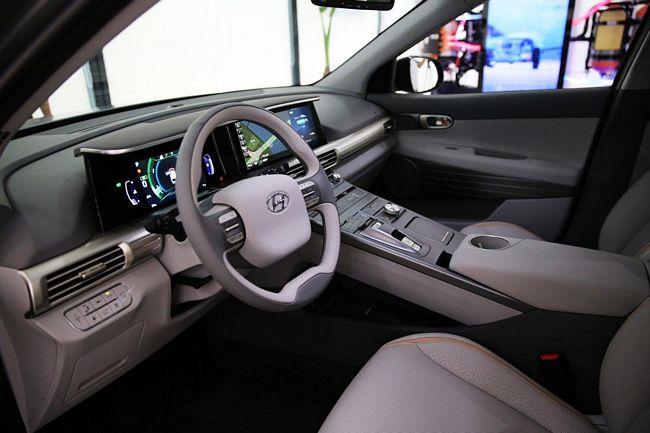 Interni nuovo suv a idrogeno di Hyundai