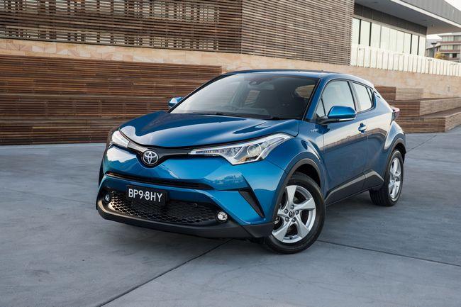 Toyota C-HR, il crossover ibrido