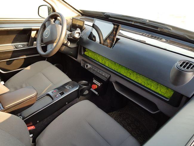 Interni auto elettrica Sion Motor