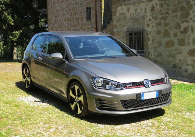 Volkswagen Golf GTI settima serie