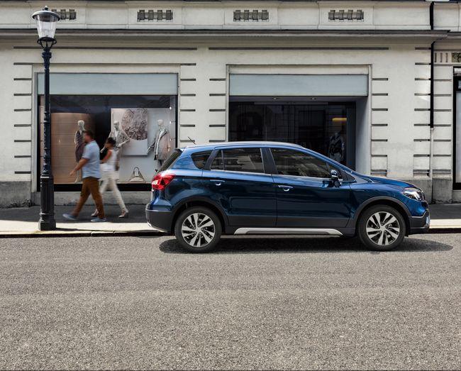 Nuova Suzuki S-Cross Hybrid