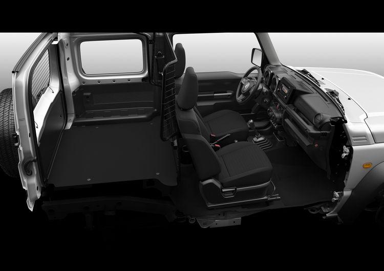 Interni e bagagliaio del nuovo Sukuzi Jimny in versione autocarro