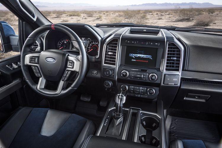 Interni del nuovo Ford F150 Raptor