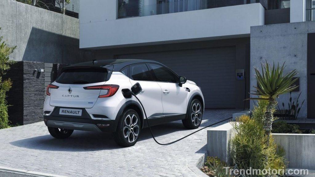 Nuovo crossover ibrido plug-in Renault Captur E-Tech